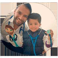 Dr. Héctor Mendoza, Médico Pediatra.